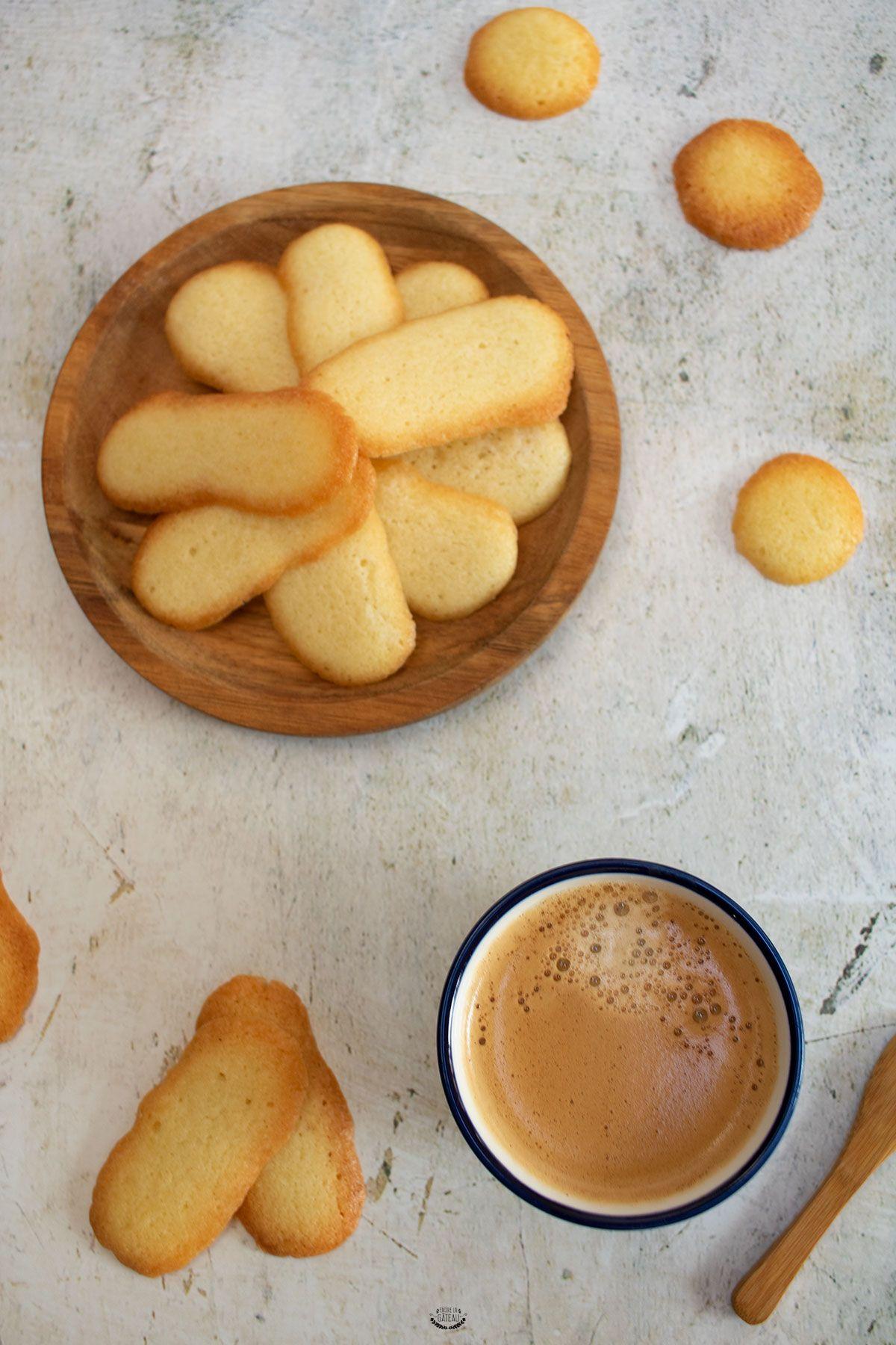 Photo of Langues de chat – Biscuits faciles