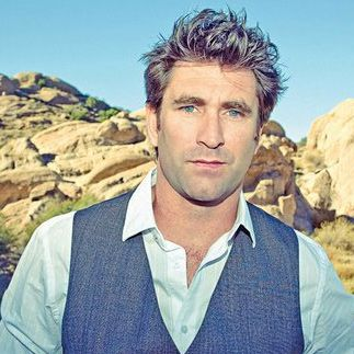 Pete Murray - gorgeous and talented Australian singer/songwriter <3