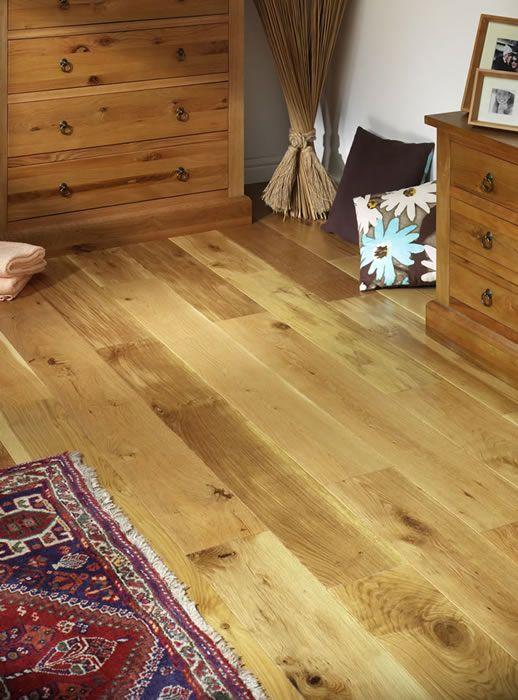 Natura 130mm oak matt lacquer solid wood flooring light for Light solid wood flooring