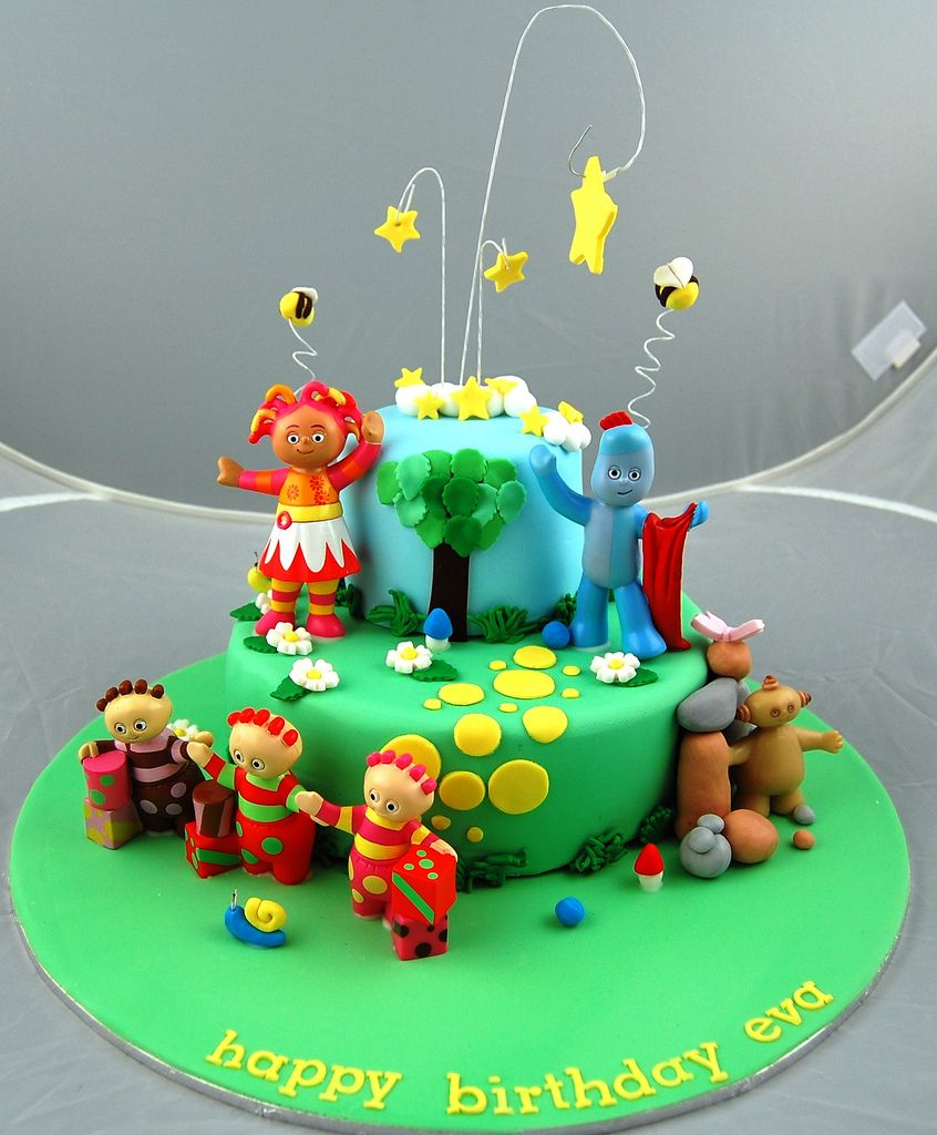 Night Garden Cake | Garden cakes, Night garden and Fondant decorations