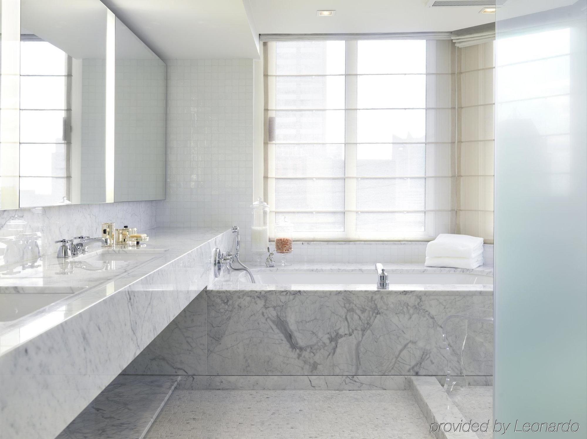 HOTEL THE LONDON NYC, NEW YORK CITY ***** | Bathroom | Pinterest