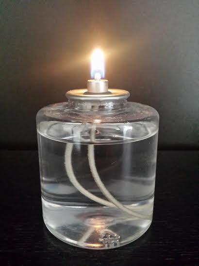 89c8ae0e0a0 Velas de parafina liquida com duração de 50 horas. Utilizável nos diversos  porta velas disponíveis