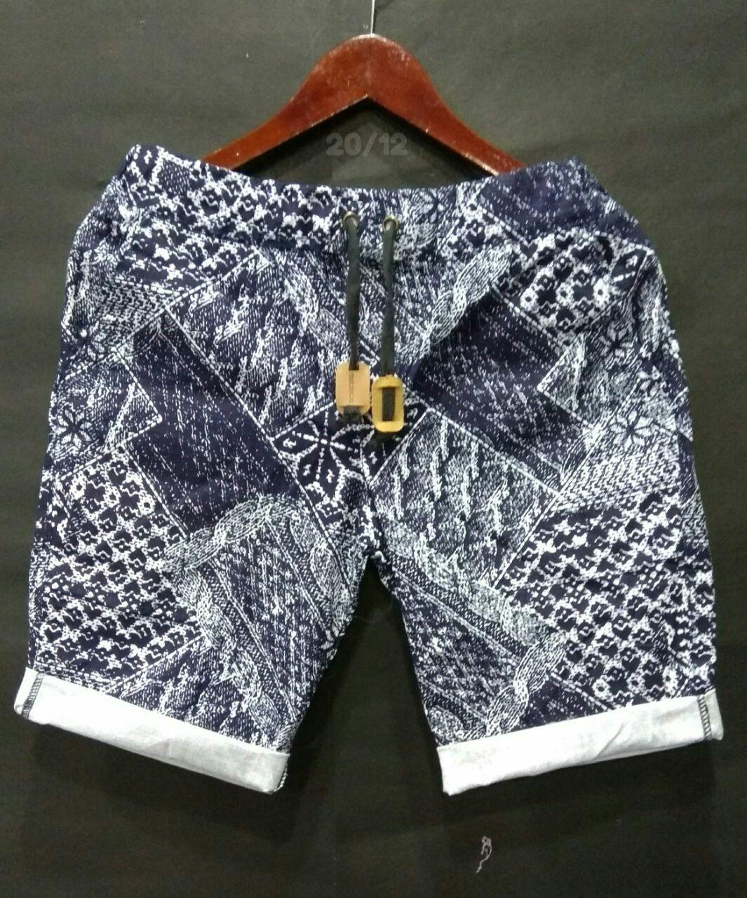 Celana Pendek Pria Distro Murah Dengan Model Celana Terbaru  18d75f4599