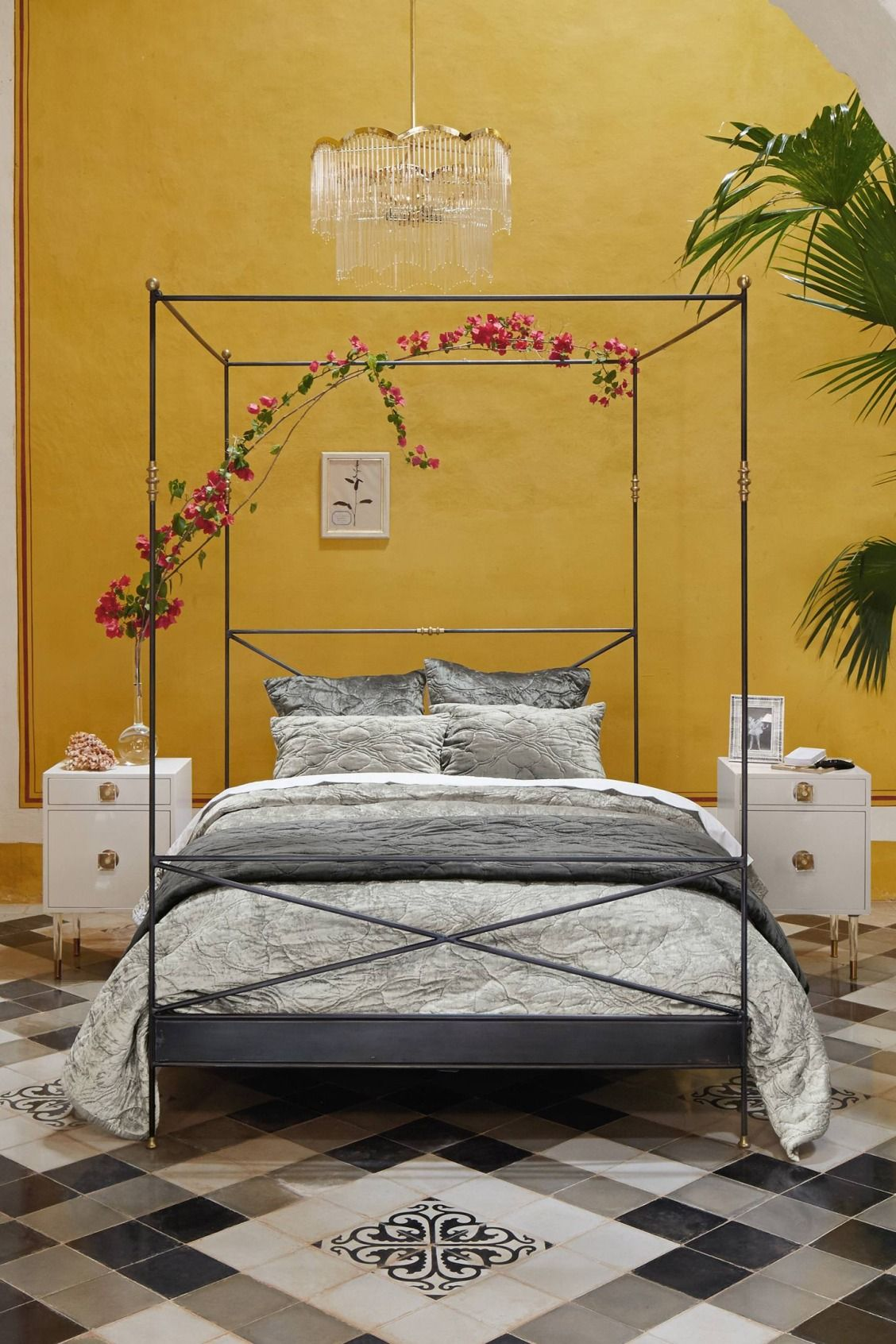 Brass Finial Bed