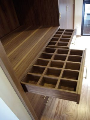 Closet y vestidores dressing room pinterest vestidor for Closets finos madera