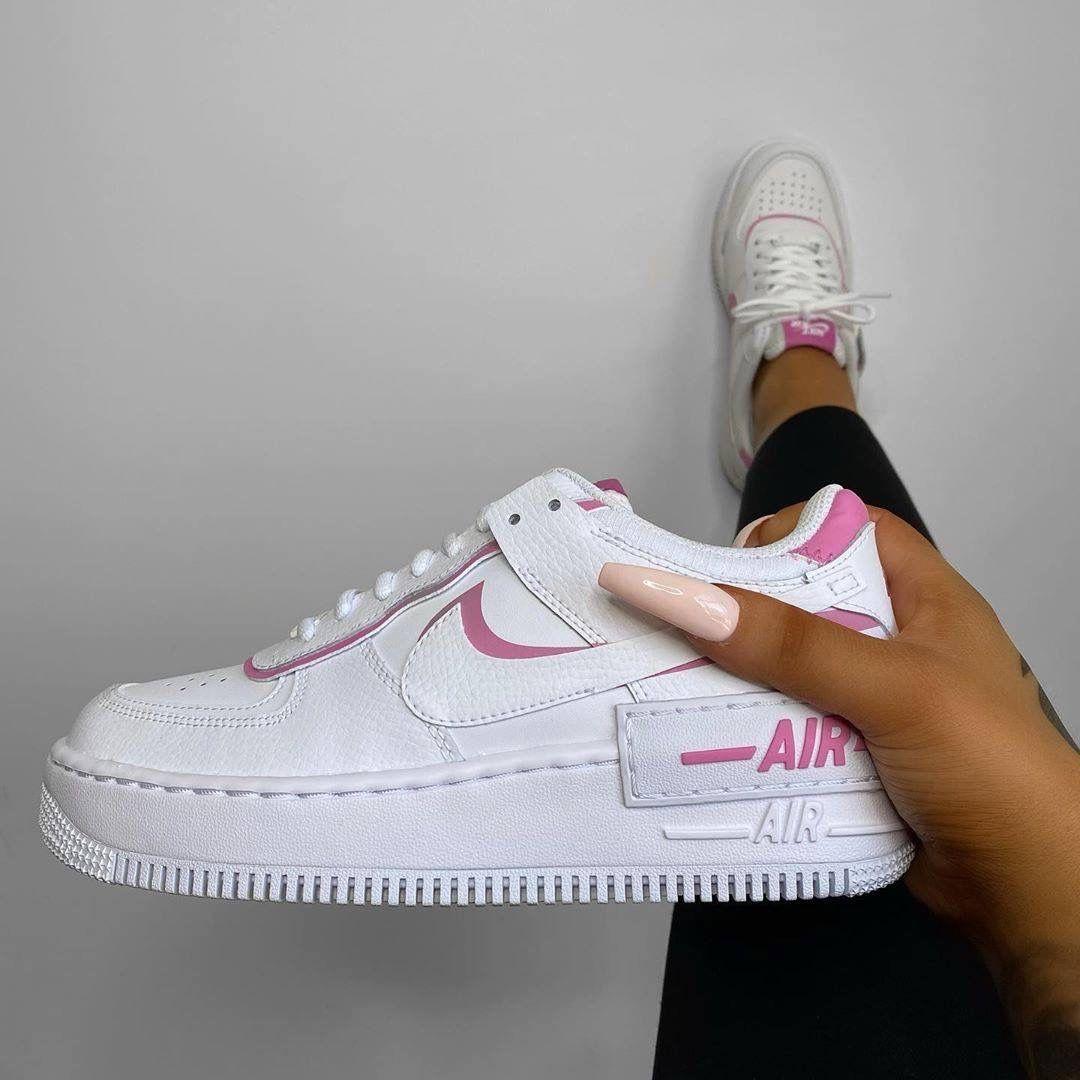 717 beste afbeeldingen van Shoes in 2020 Schoenen, Mode en