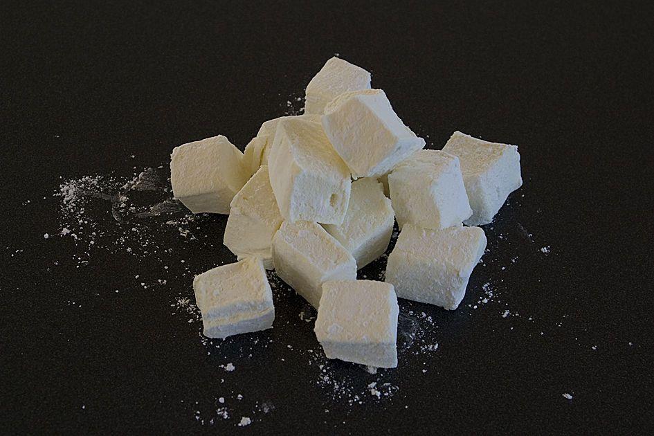 Homemade Flavored Marshmallows #flavoredmarshmallows