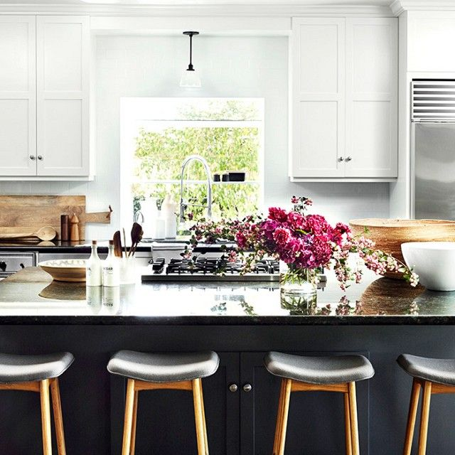Before and After: An Incredibly Crisp California Redesign | Kitchens on artsy kitchen ideas, fabulous kitchen ideas, bold kitchen ideas, glamorous kitchen ideas, airy kitchen ideas, marble kitchen ideas, romantic kitchen ideas, futuristic kitchen ideas, dark kitchen ideas, elegant kitchen ideas, funky kitchen ideas, spacious kitchen ideas, colorful kitchen ideas, luxurious kitchen ideas, inspiring kitchen ideas,