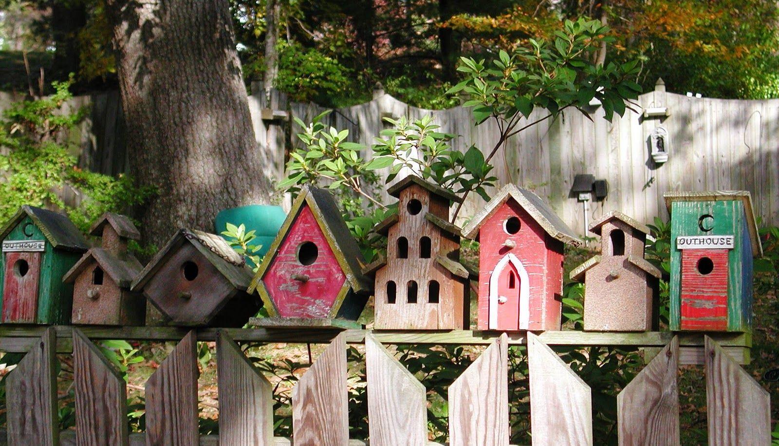 Birdhouse fence...so cute!