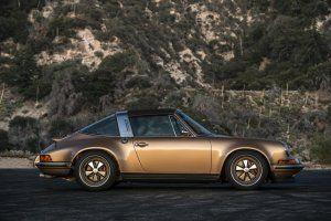 Singer Porsche! Wow!