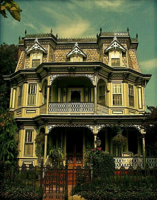 Spectacular Victorian Homes Victorian Style Homes Victorian Architecture