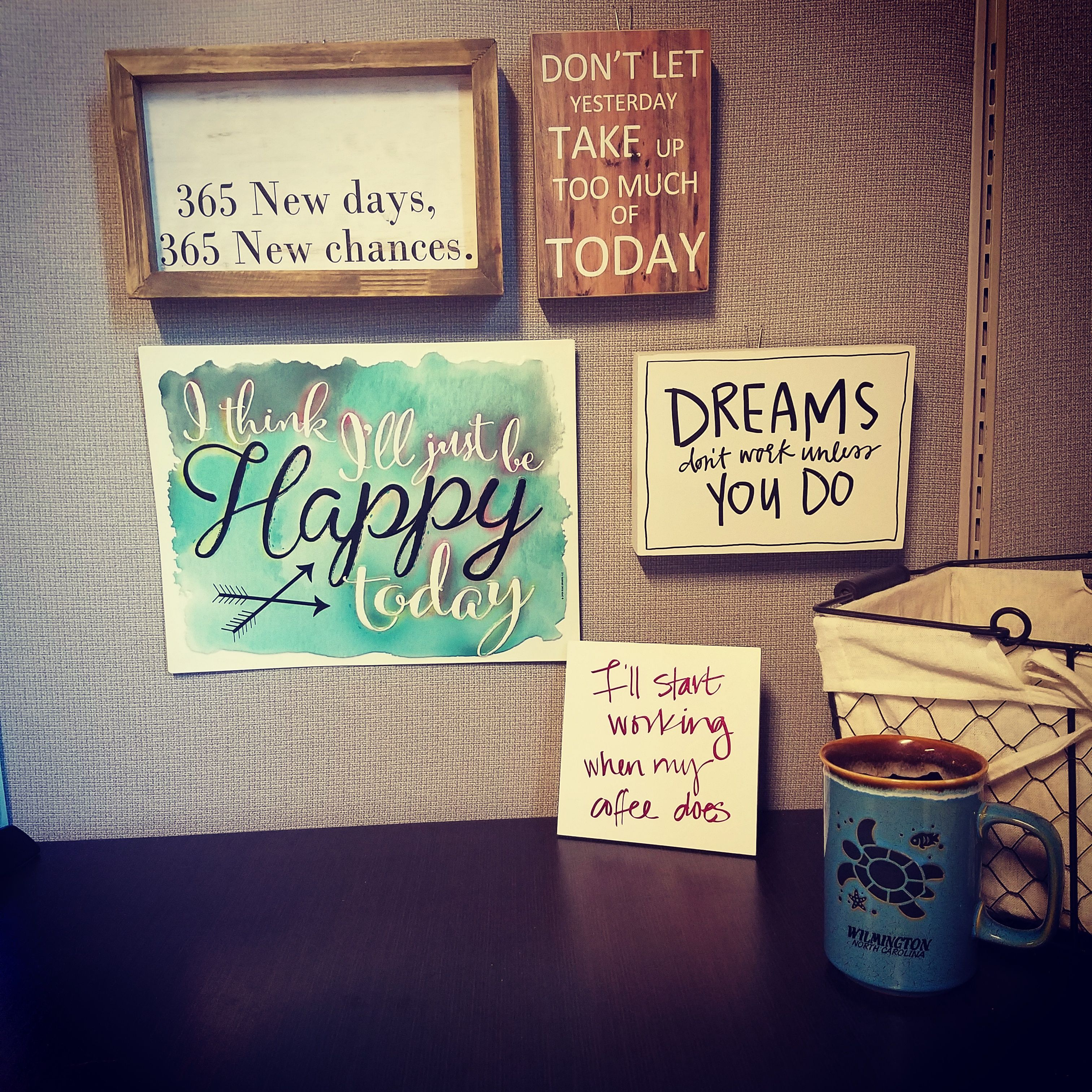 Inspirational cubicle decor with cute quotes