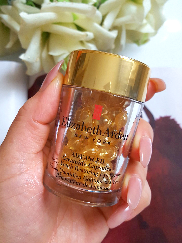 Review: Advanced Ceramide Capsules Daily Youth Restoring Serum Eyes ...