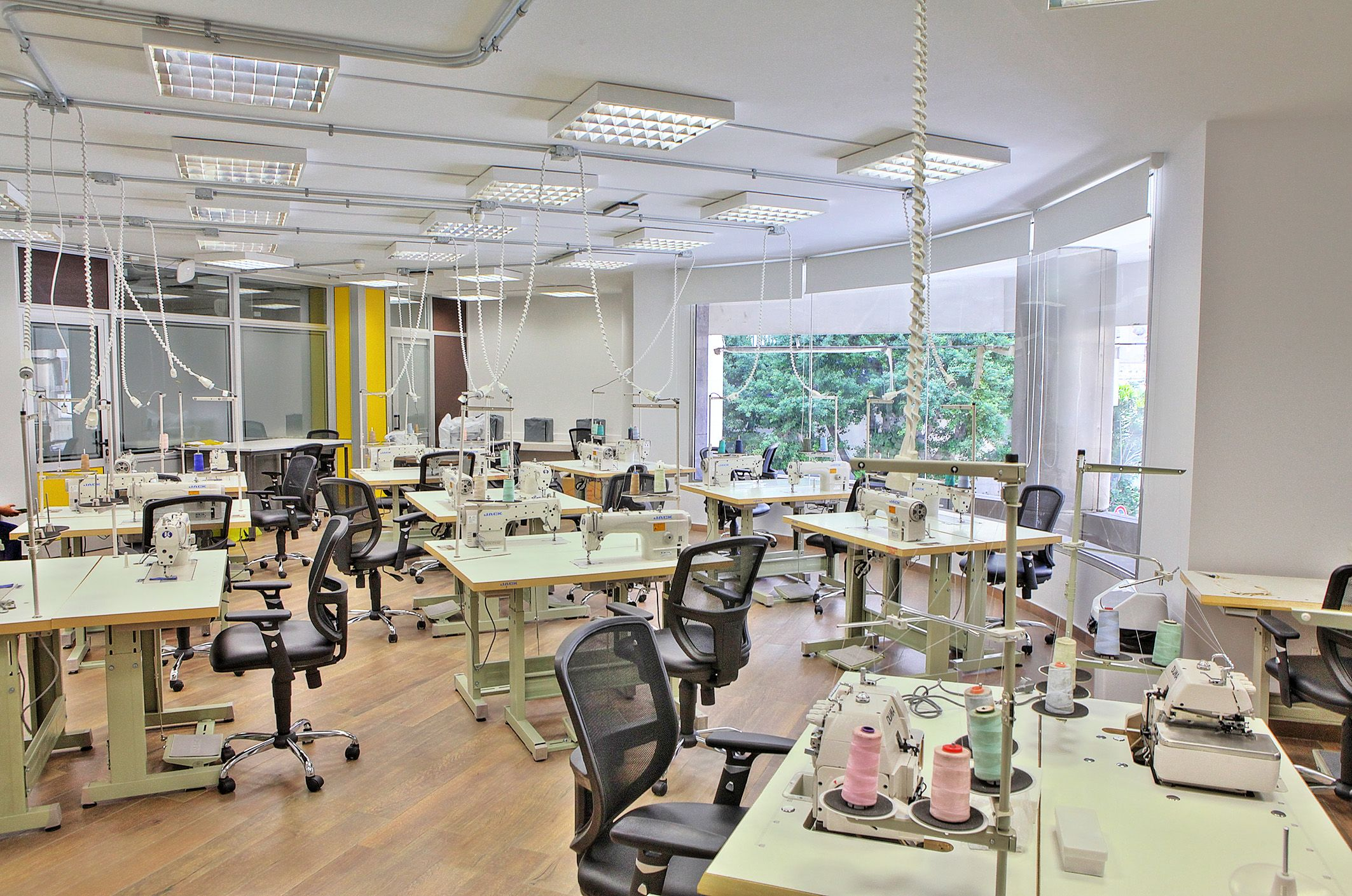 Lau Fashion Design Sewing Room Design Fashion Design Fashion Designer Studio
