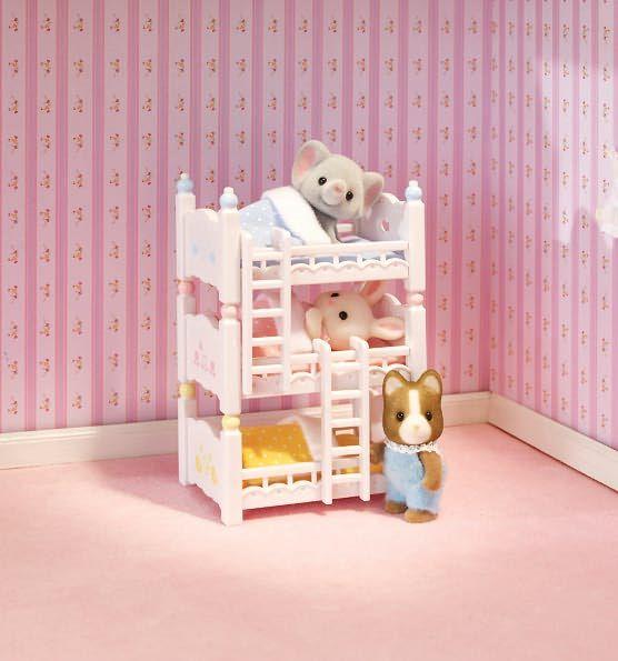 Calico critters triple baby bunk beds kiarra 39 s room pinterest familias sylvanianas - Casitas de tela para ninos toysrus ...