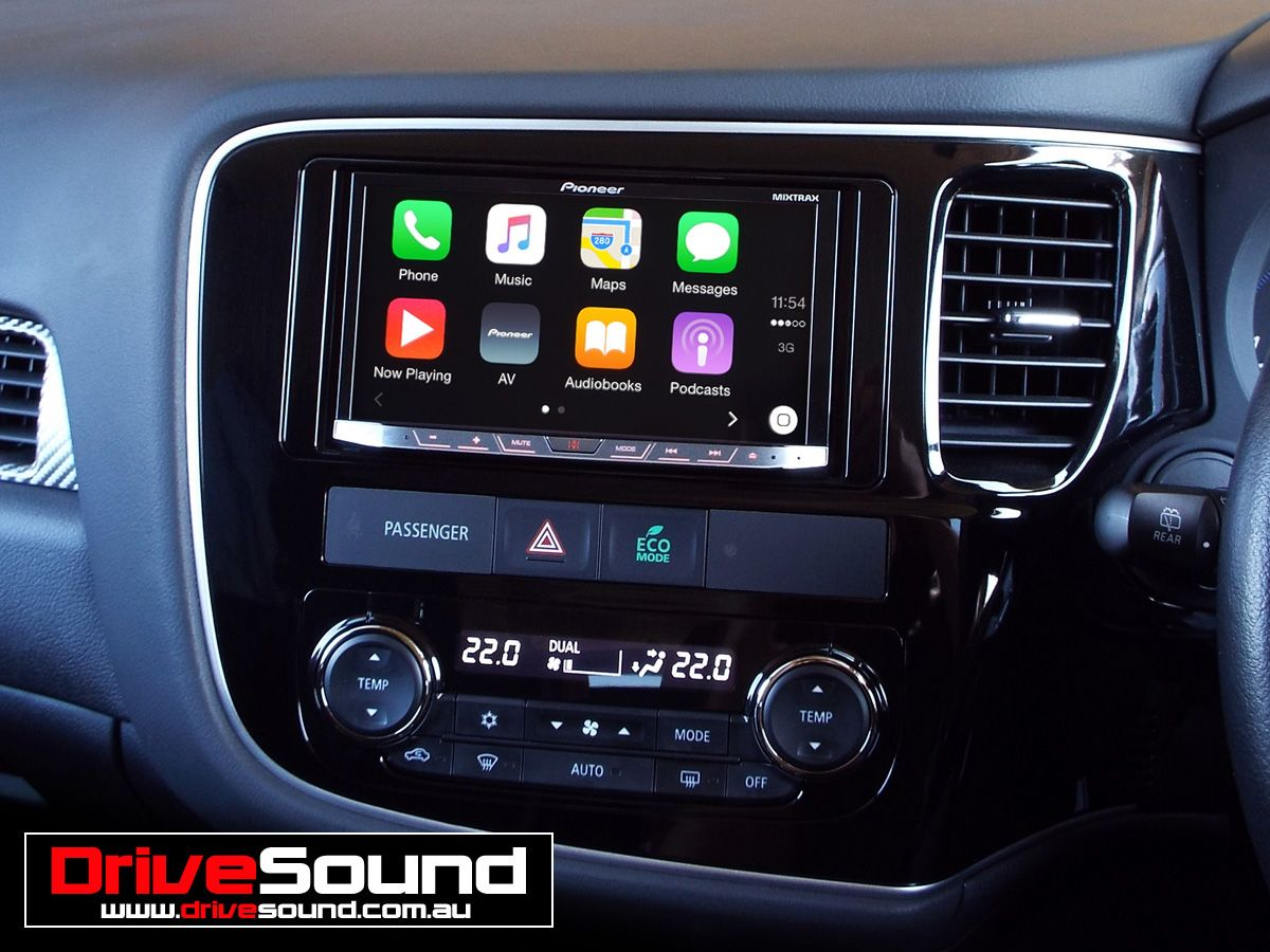 Mitsubishi Outlander with Apple CarPlay installed by