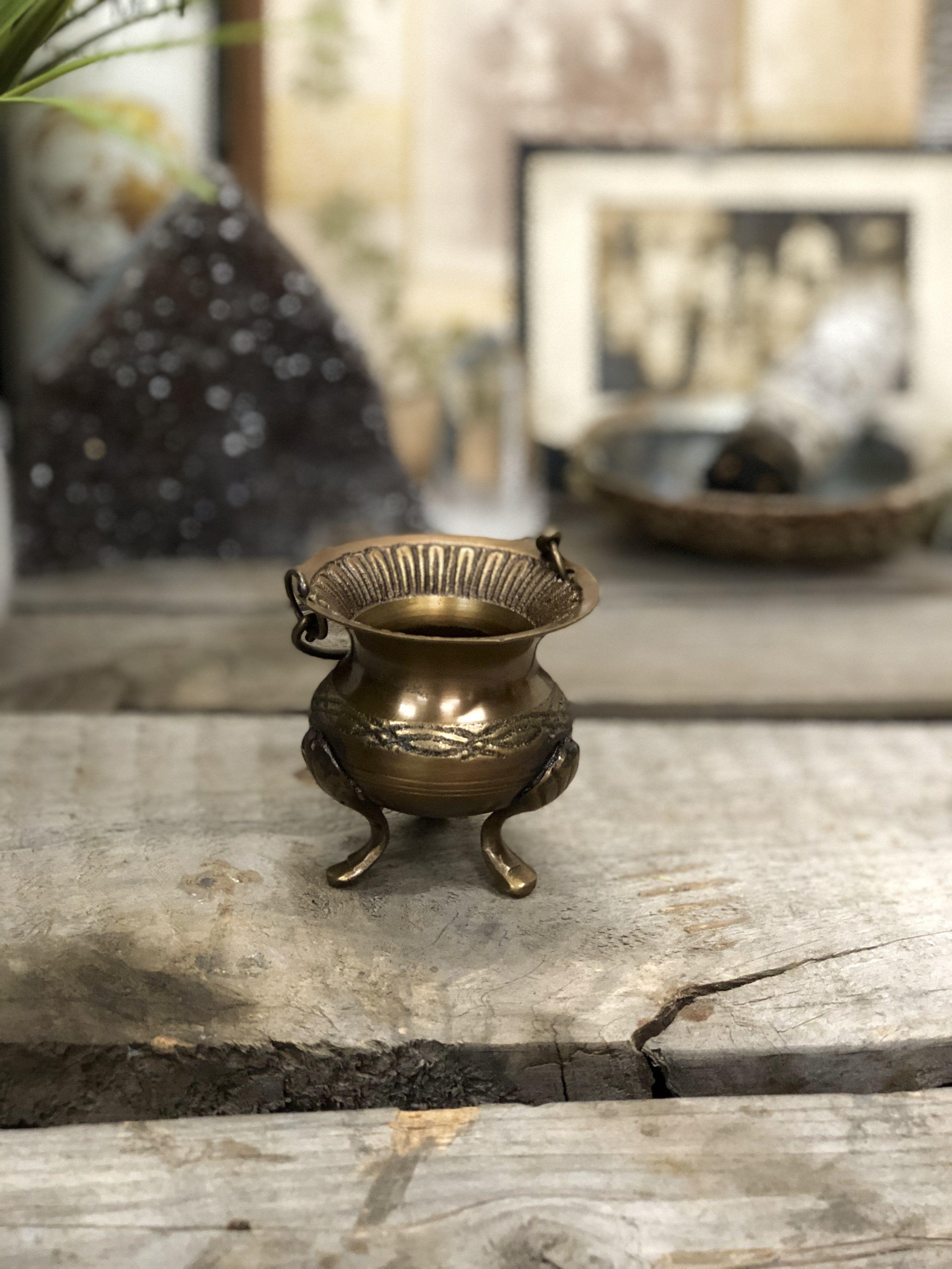 Celtic Knot Brass Cauldron Old world style, Celtic