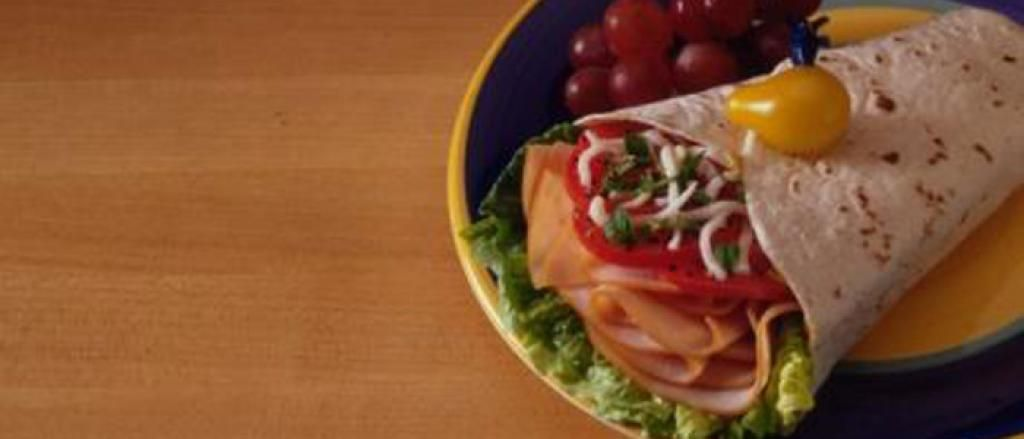 Turkey Wrap Snack (The Biggest Loser recipe)