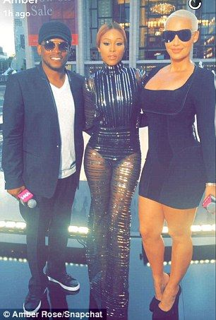 Amber Rose Shows Off Famous Curves In Bodycon Lbd Ahead Of Hosting