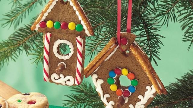 Refrigerated Gingerbread Cookie Dough Forms These Mini Birdhouse