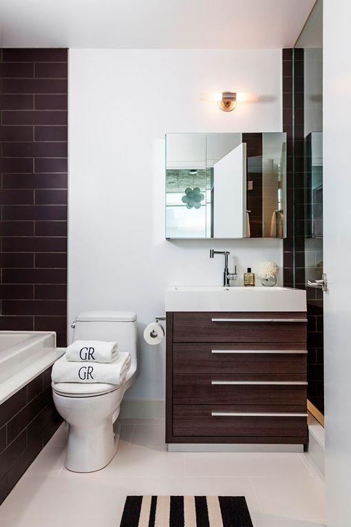 Cuarto de baño de apartamento pequeño de estilo industrial 1 dany