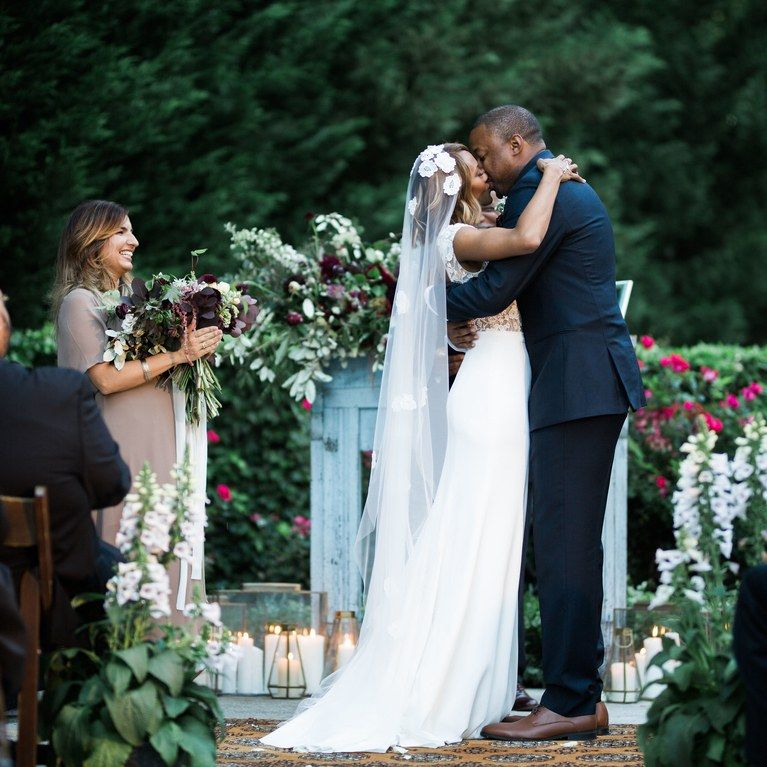 Romantic Wedding Kisses: Happy International Kissing Day! These 37 Ultra Romantic