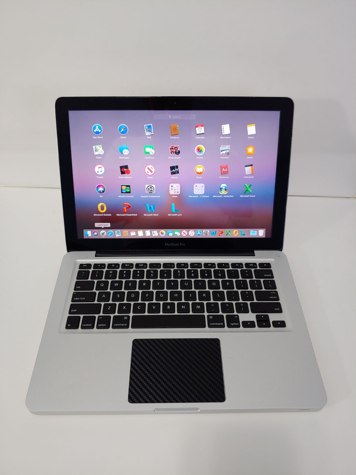 MacBook Pro 13 with i7 8GB and 256GB SSD Macbook pro 13