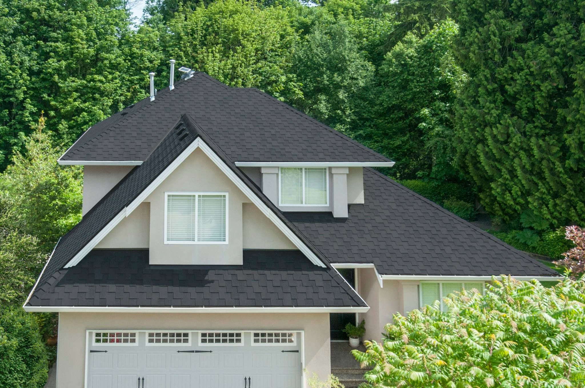 Beautiful Malarkey Roofing Products | Windsor Shingles | Midnight Black