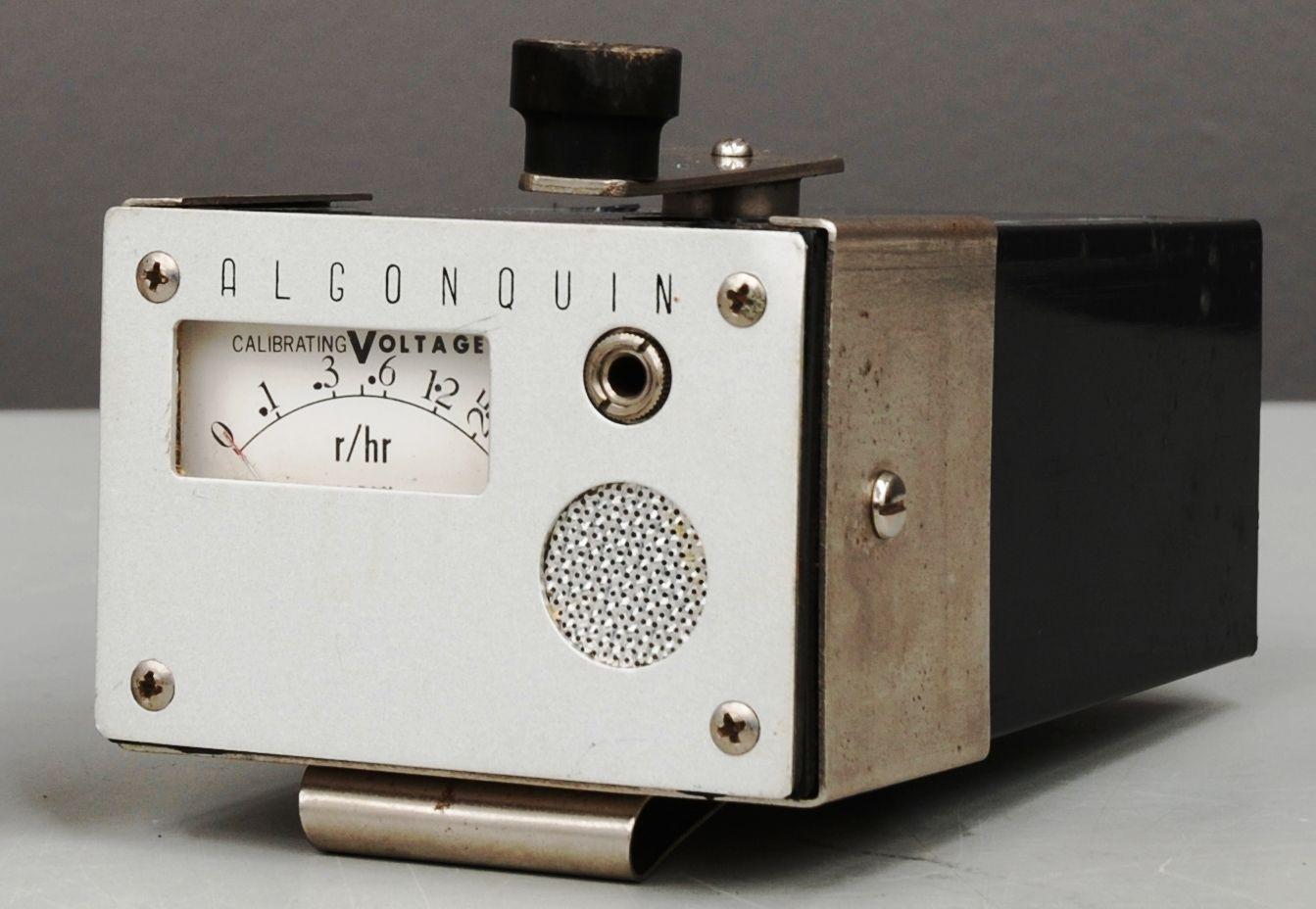 Algonquin handcranked radiation dosimeter Cold War