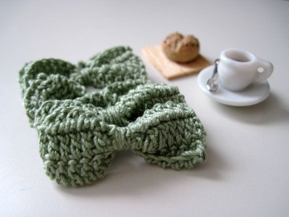 Tiny Crochet Bows in Sage Green for Gift Wrap, Decoration, and Embellishments