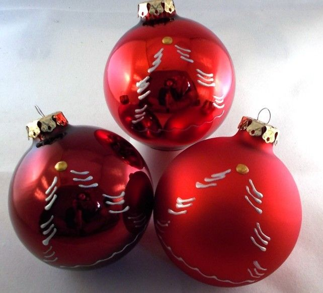 Oktoberzinnober 3 Weihnachtskugeln Tree 8cm Handbemalt