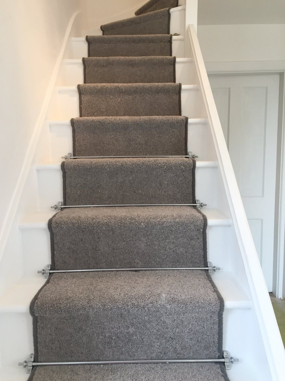 Best Nice Grey Stair Carpet Grey Carpet Runner And Chrome 400 x 300