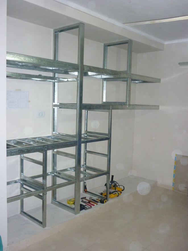 Construcci n de escritorio para pc y placard en durlock for Muebles de pladur
