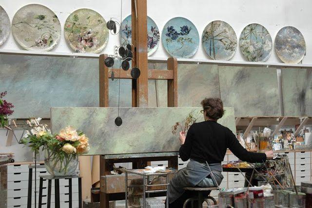 Depósito Santa Mariah: Talentosa Pintora Francesa E Seu Estúdio!