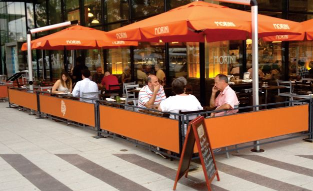 Sidewalk Barricades Sidewalk Partitions Outside Partitions Restaurant Sidewalk Partitions In Philade Outdoor Restaurant Design Cafe Seating Outdoor Cafe