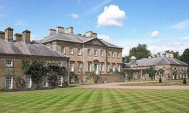 Prince Charles gets green light to build a luxury wedding ...