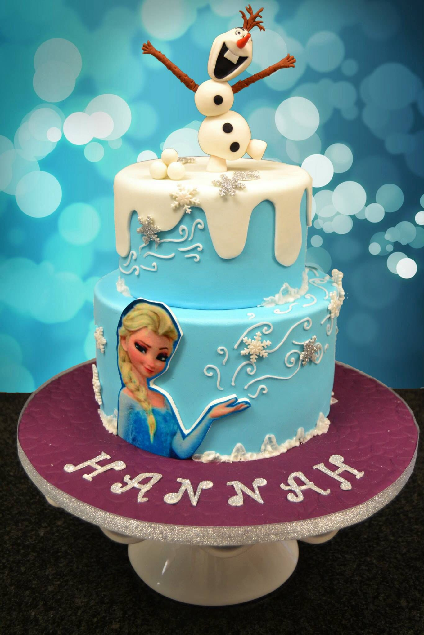 My first frozen cake Frozen themed cakes Pinterest Frozen