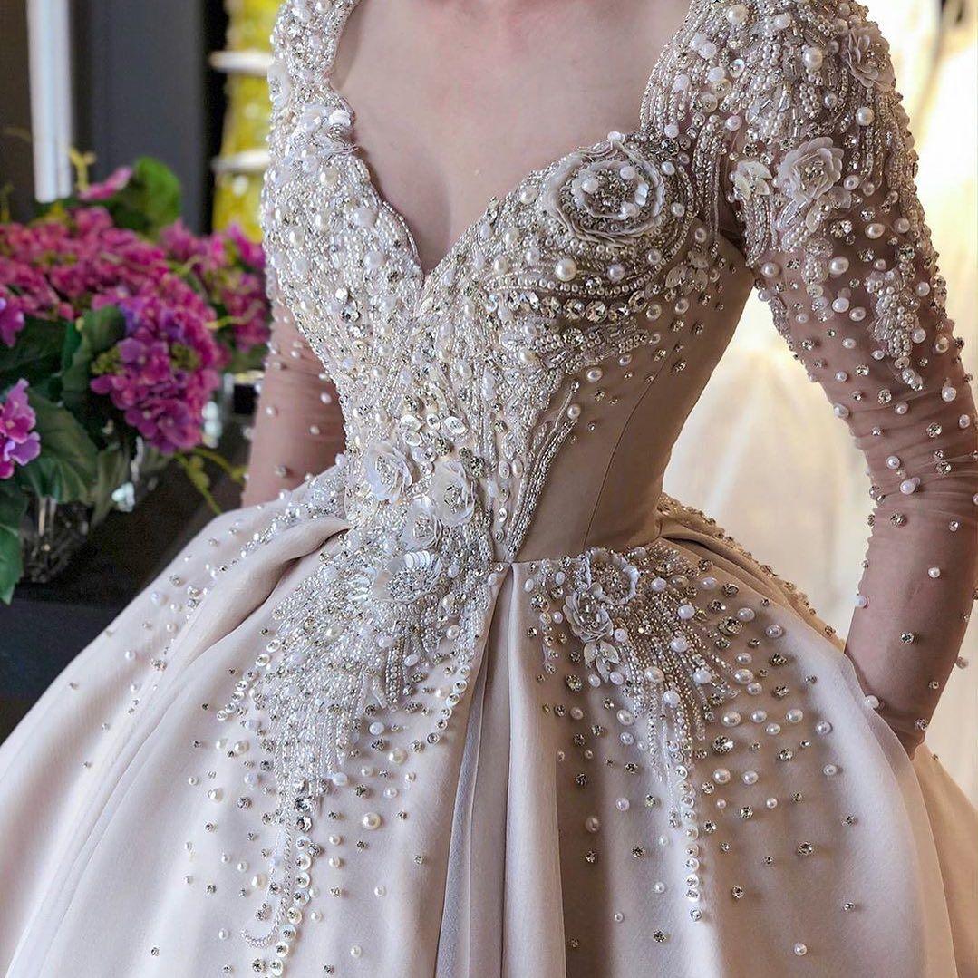 I فستان فخم وجميل تألقي مع Reemfashion17 فساتين راقية فساتين اعراس فساتين Wedding Dress Vintage Sleeves Debutante Dresses Gold Wedding Dress