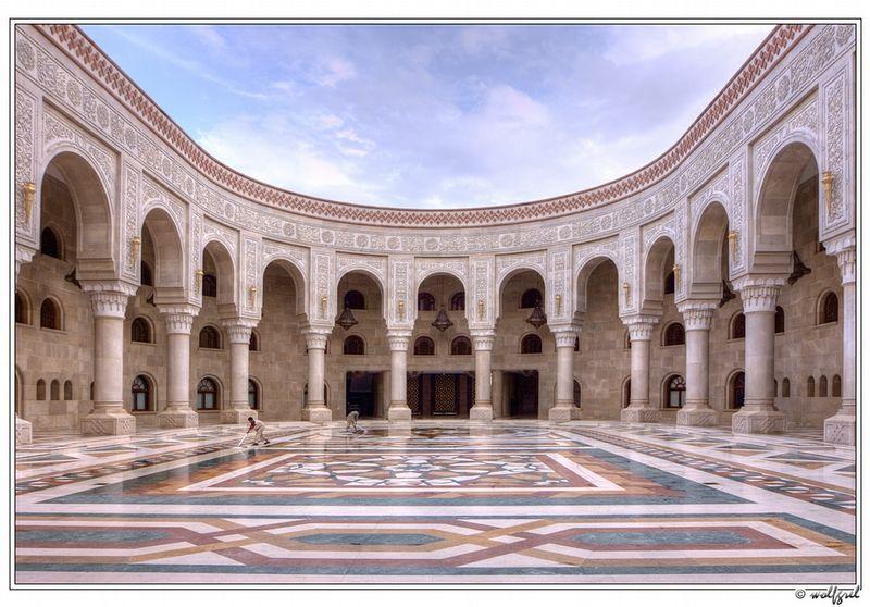 The new (Al Saleh) mosque in Sana'a, Yemen. #Yemen #mosques #architecture