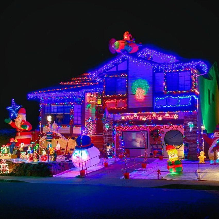 spectacular christmas lights show homes | home exterior christmas lights  amazing christmas light displays ... #christmaslightsoutdoorideas - Spectacular Christmas Lights Show Homes Home Exterior Christmas