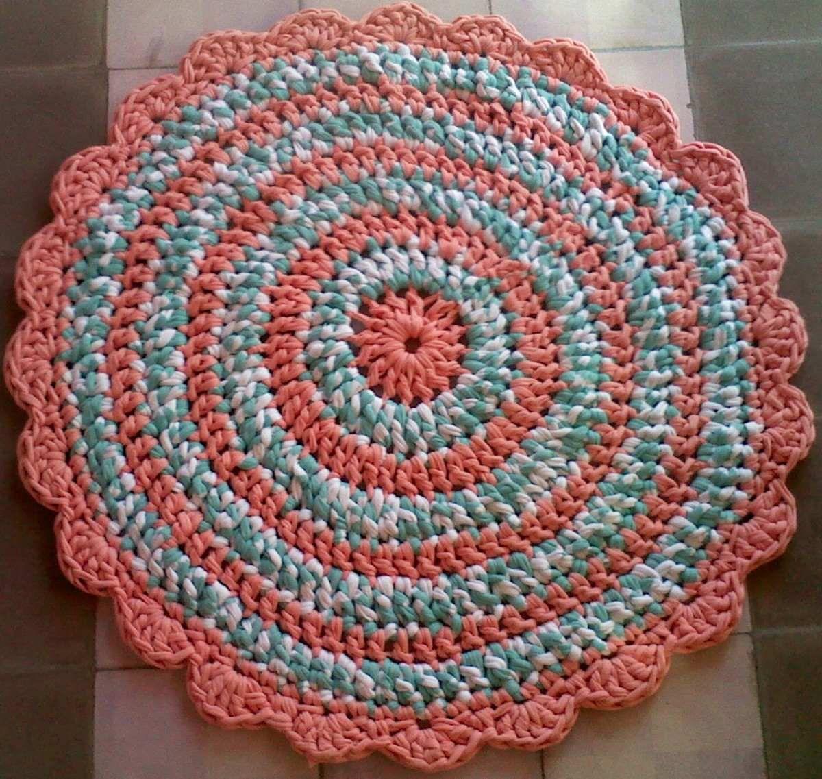 Alfombras de totora al crochet learn to crochet alfombra for Alfombras artesanales tejidas a mano