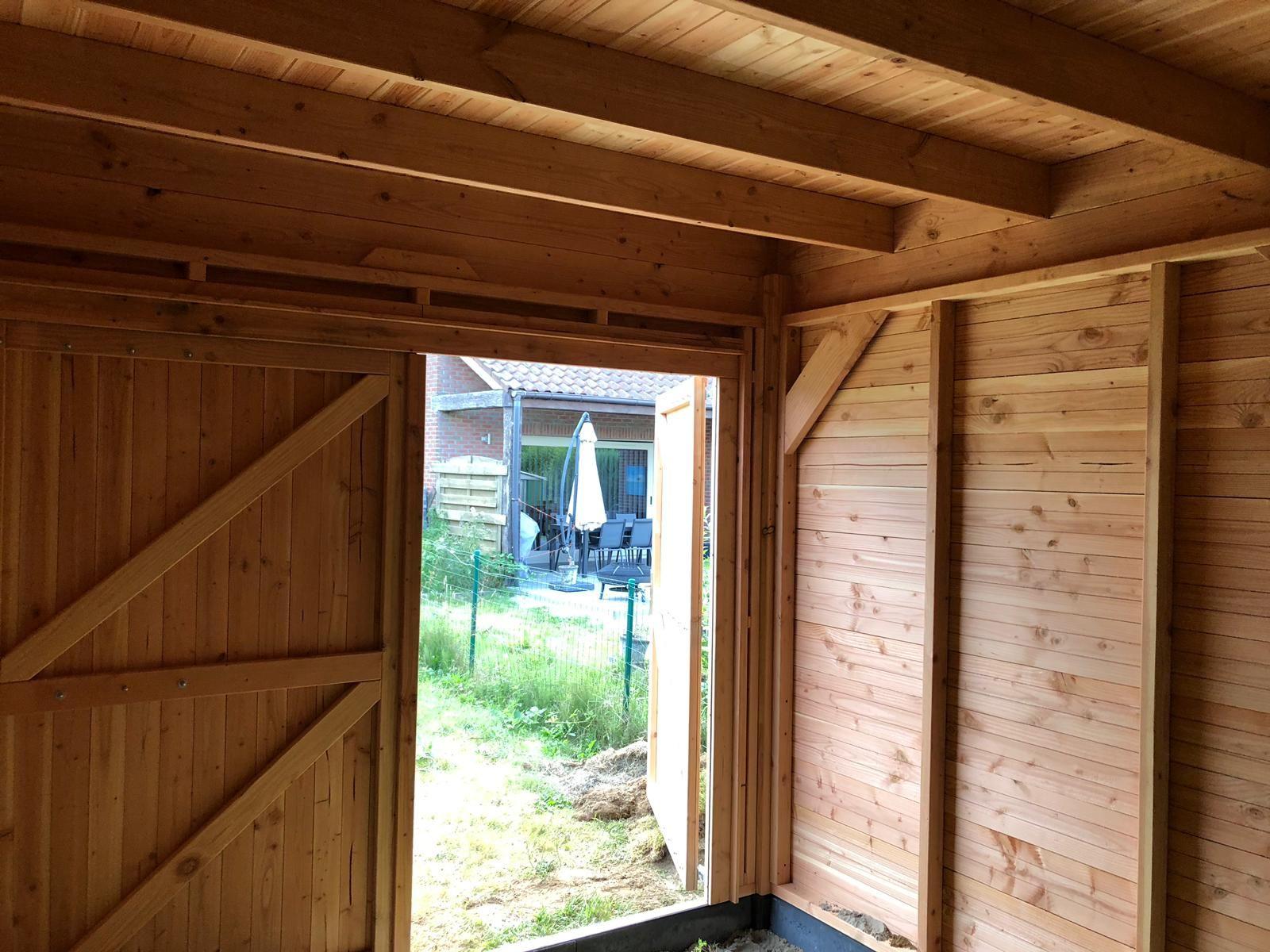 Carport van 505x350 cm in Wommelgem. Douglas hout, EPDM
