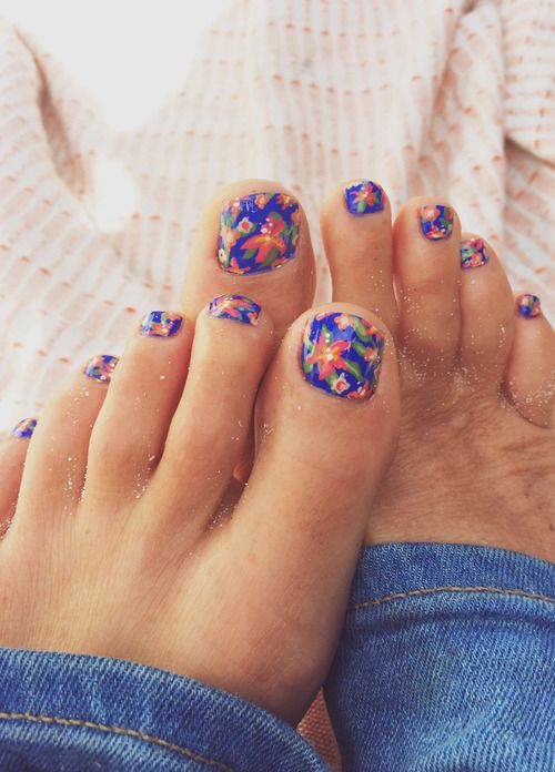 Tropical Toes (Goldfish Kiss) | Printing, Pedicures and Pedi