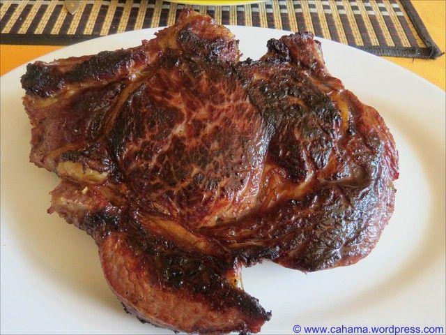 Kräutermarinierte Rinderkoteletts (Cote  a l'os)