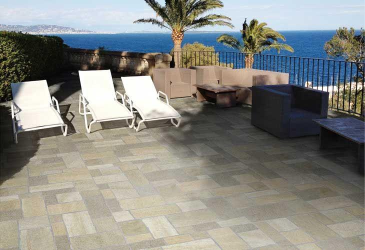 Pavimenti Esterni Patio : Gres porcellanato per pavimenti esterni effetto pietra rustica