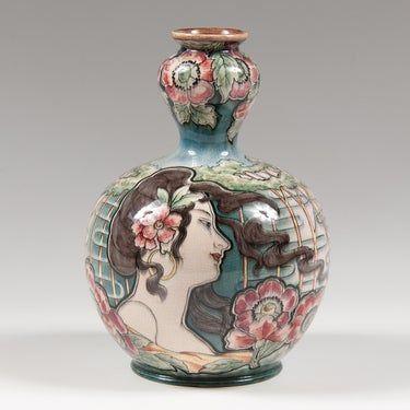 Dating royal bonn pottery