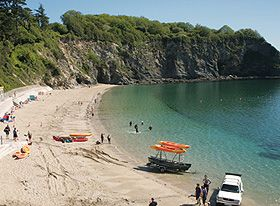 Less than 2 miles from your 5* lodge lies the first of many beaches that simply must be seen. Porthpean beach has a long sandy stretch and inviting walks that cater for all the family.