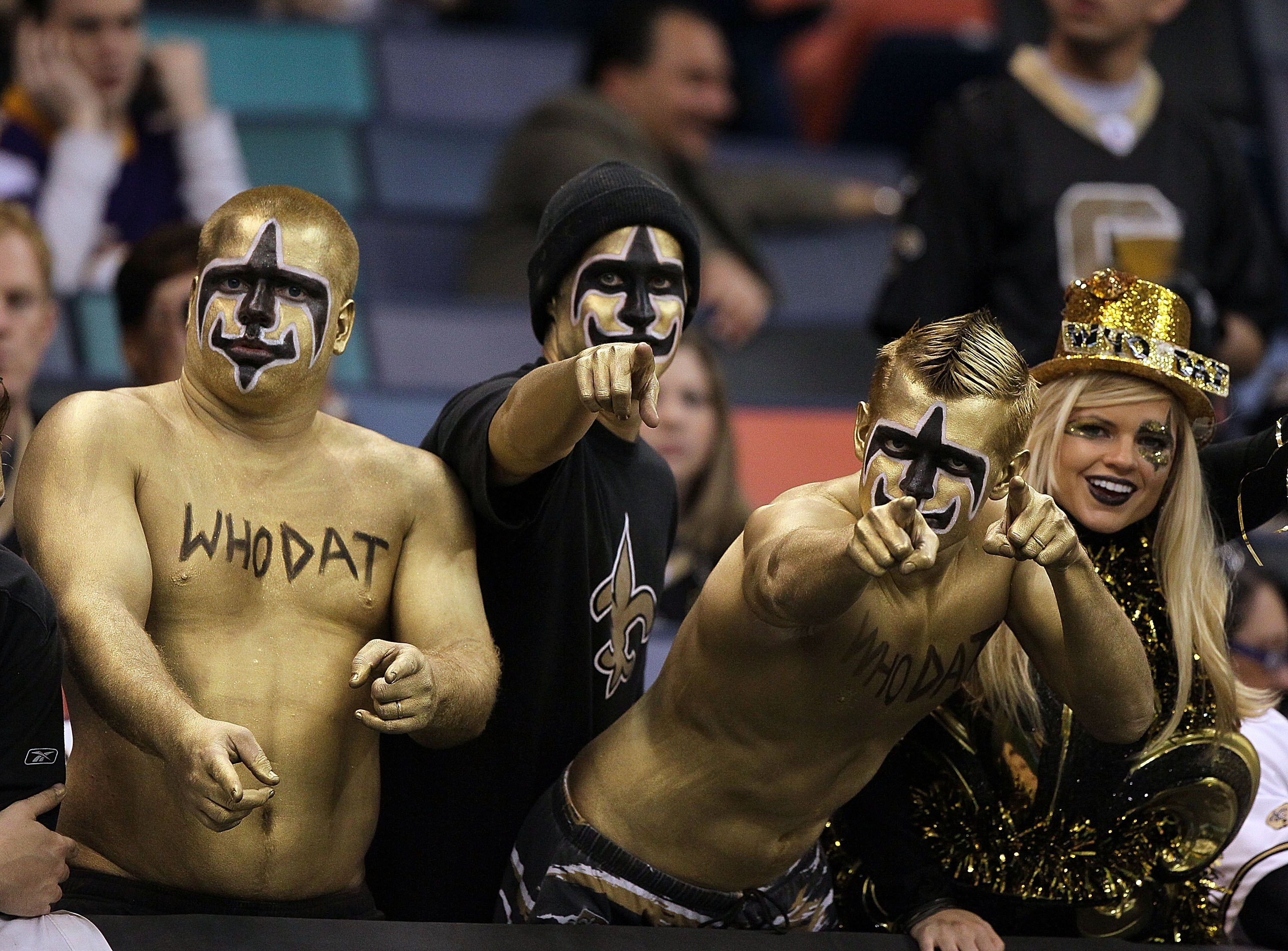 Cheap Saints fans in costume, you might say! | SuperDome Halloween  free shipping