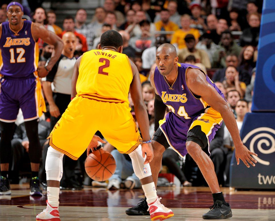 1e2fcae752b Kyrie Irving   his Cleveland Cavaliers visit Kobe Bryant   his LA Lakers