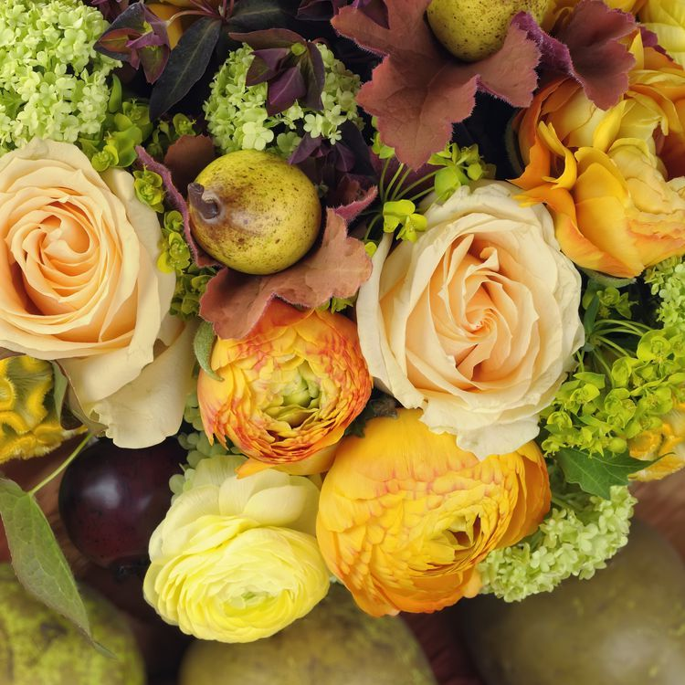 Inexpensive Wedding Ideas For Fall: Glamorous Fall Wedding Flower For Your Bouquet Or